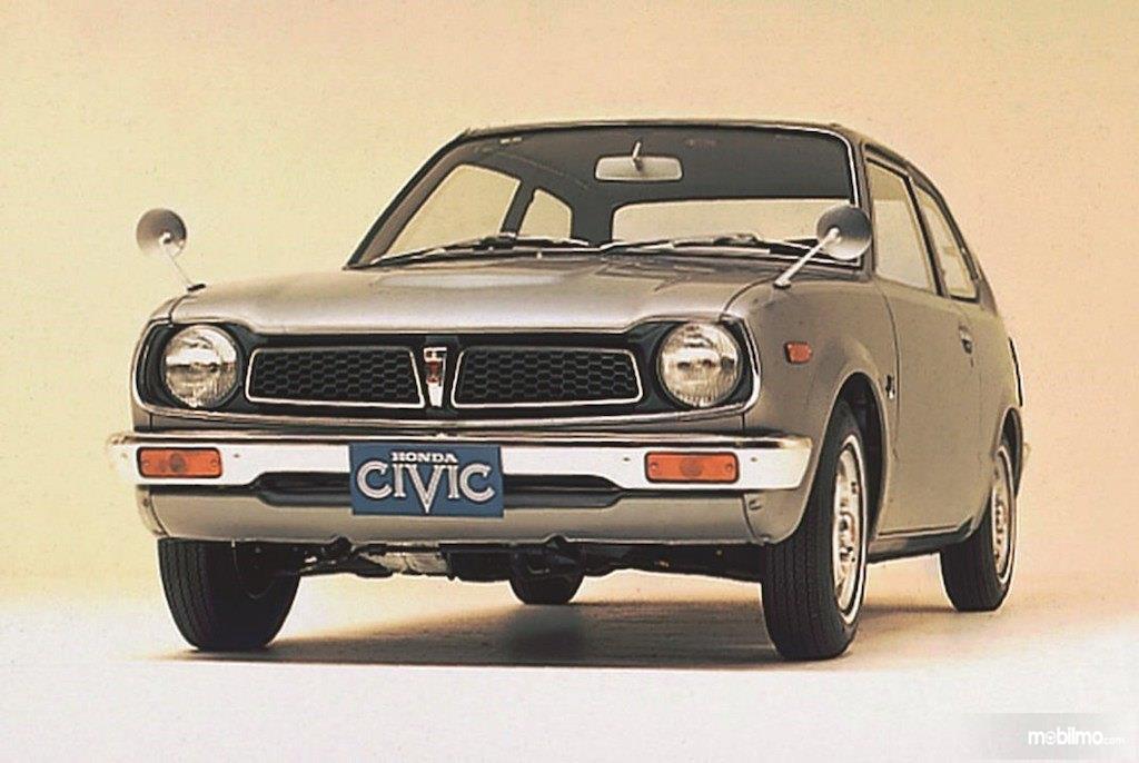 Gambar generasi pertama Honda Civic