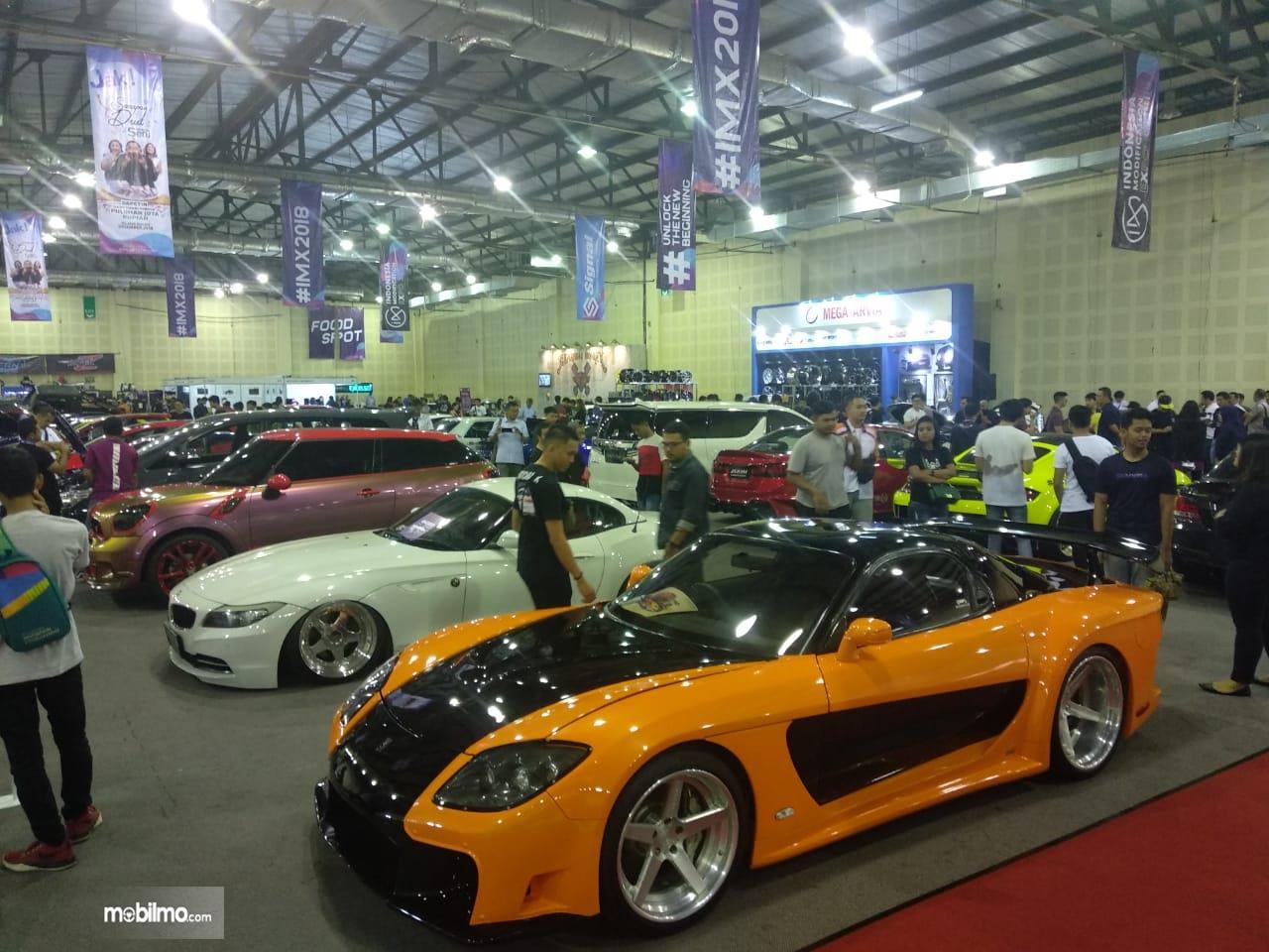 Gambar mobil yang mengikuti kontes NMAA
