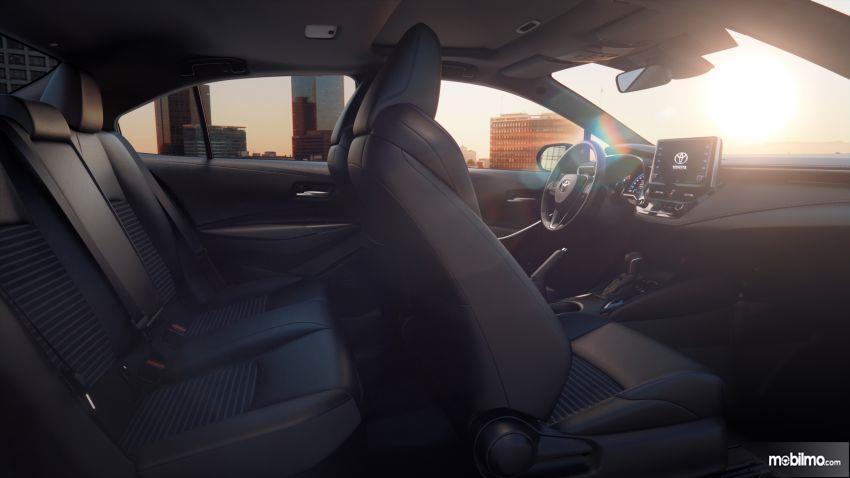 Gambar kursi Toyota Corolla Altis 2019
