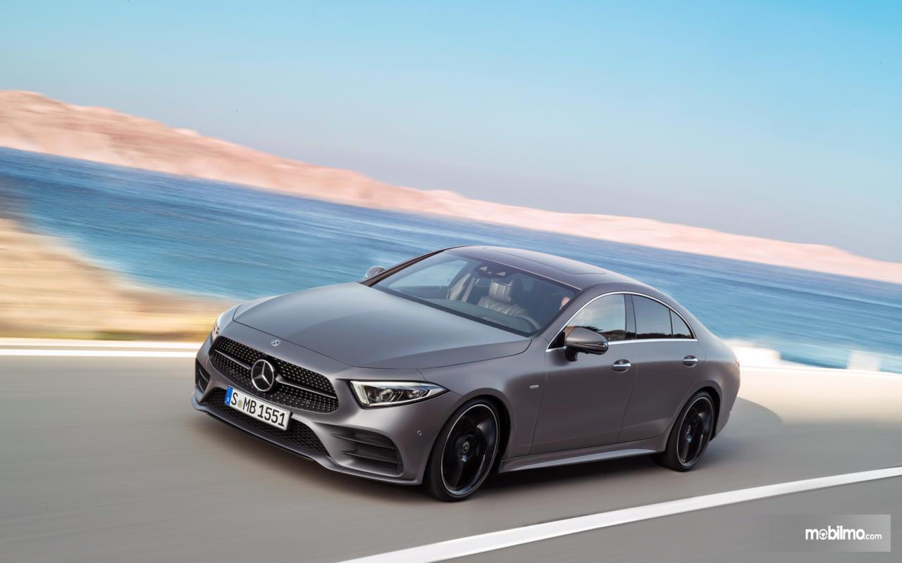 Gambar desain generasi ketiga Mercedes-Benz CLS 350 AMG Line 2018