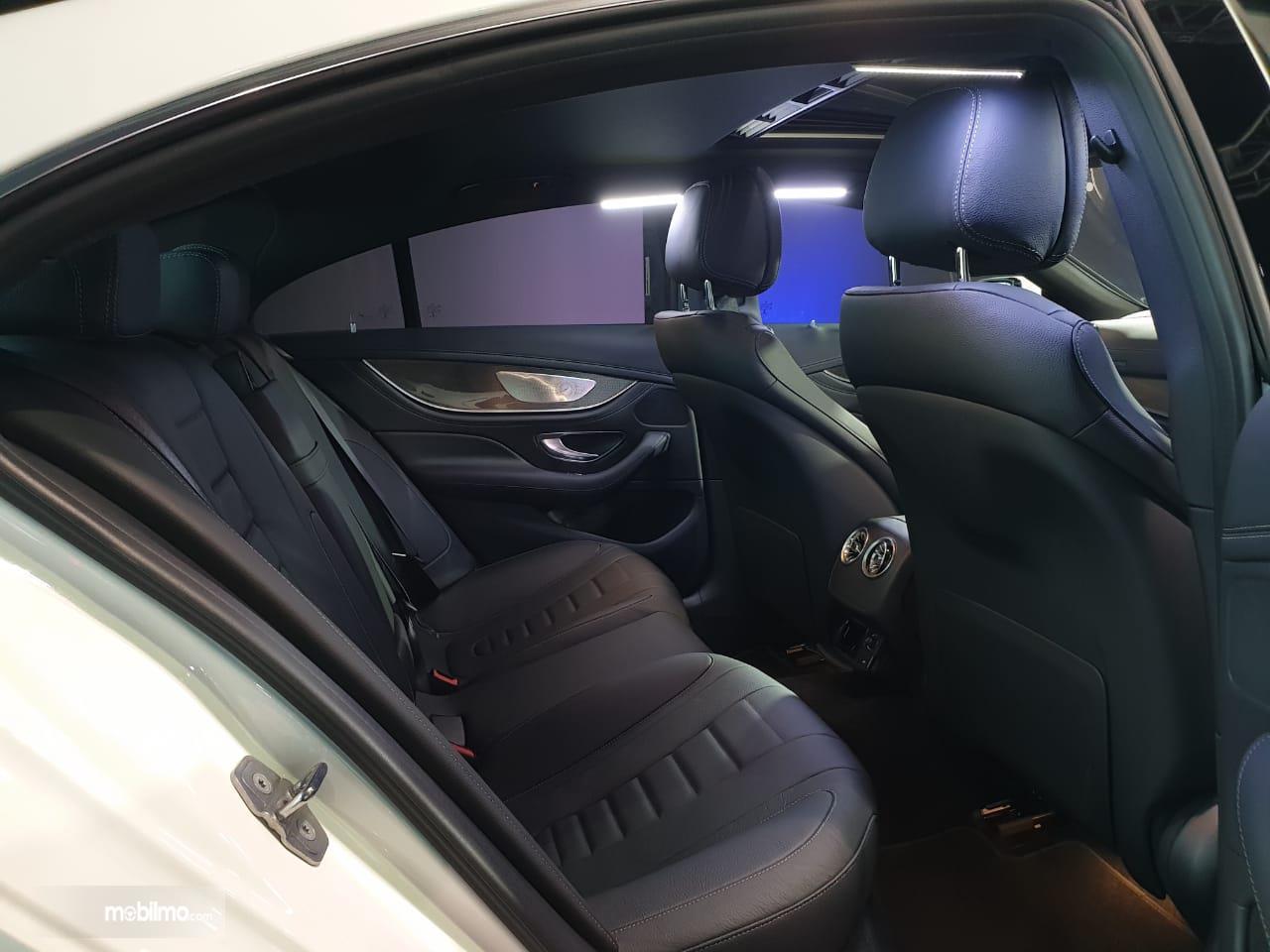 Gambar kursi Mercedes-Benz CLS 350 AMG Line 2018
