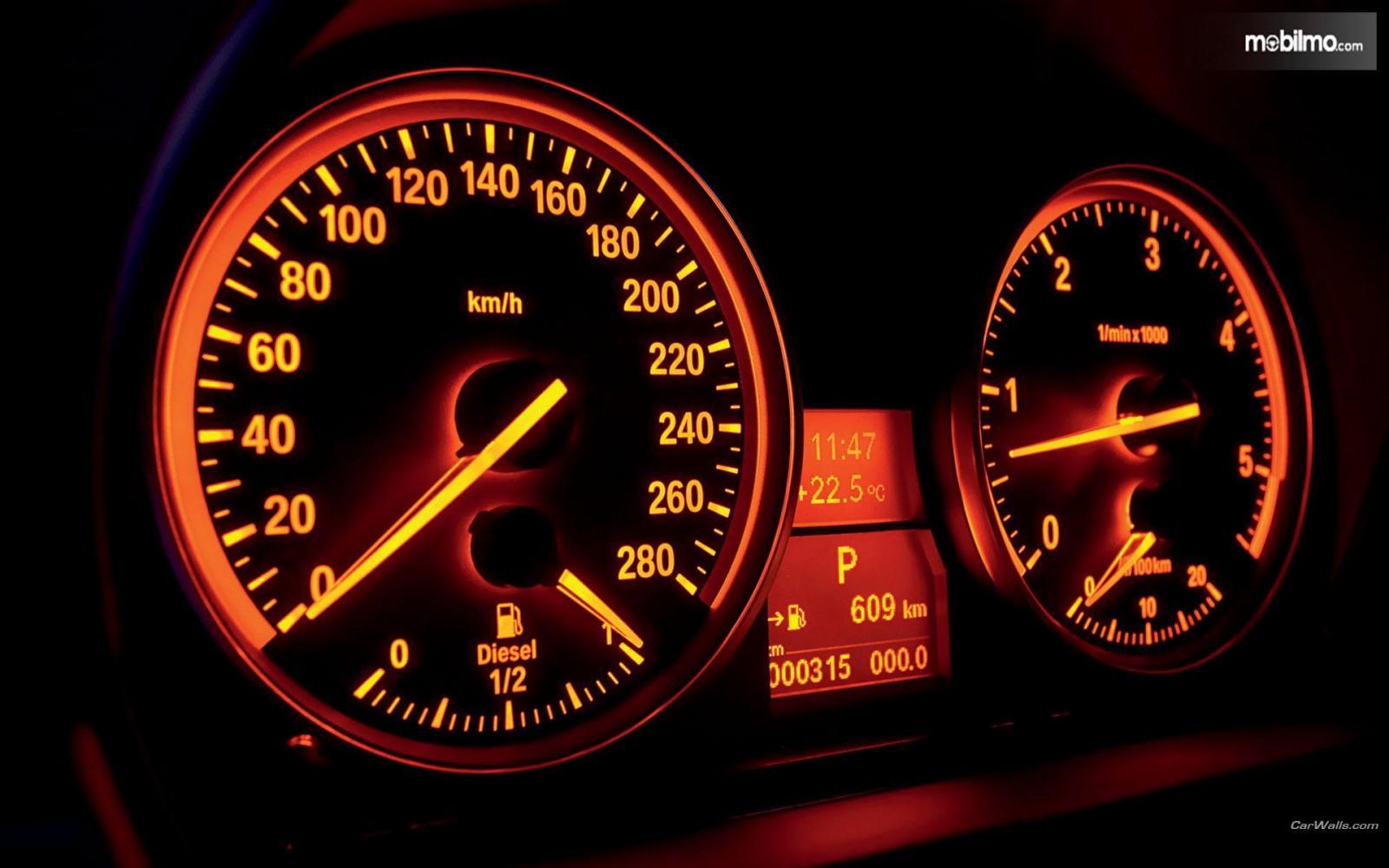 Tampak Spidometer BMW E60 520 Diesel