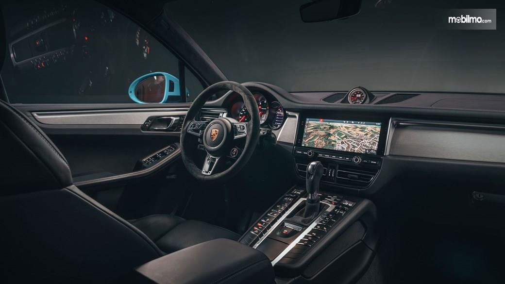 Gambar dasbor Porsche Macan 2019