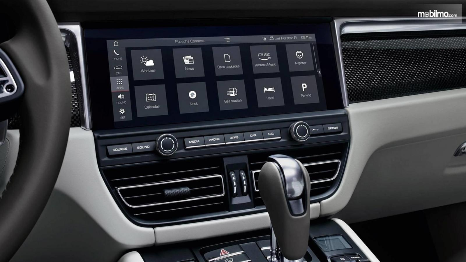 Gambar sistem infotainment Porsche Macan 2019