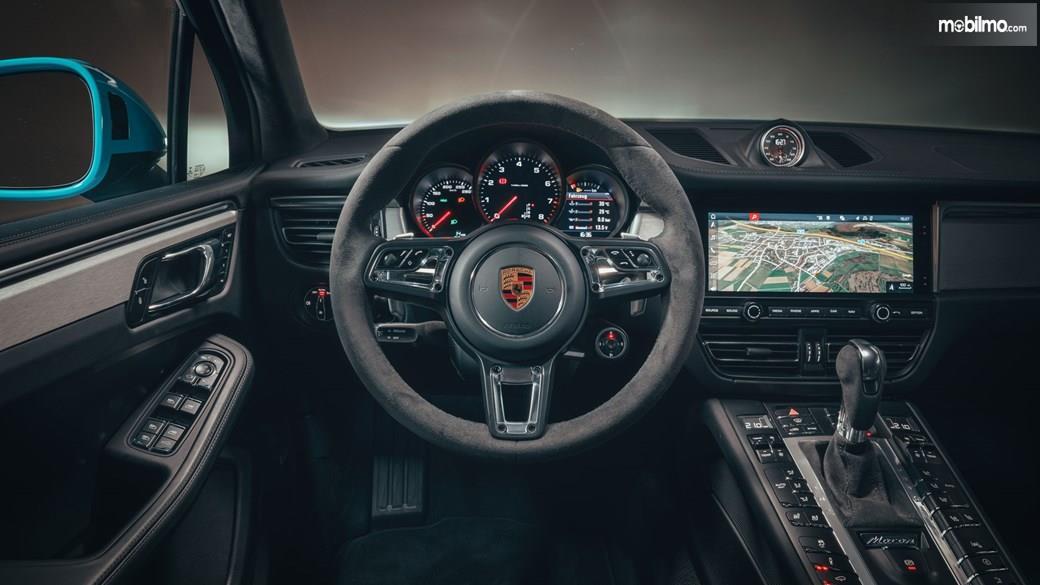 Gambar kemudi Porsche Macan 2019