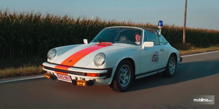 Gambar Porsche 911 Targa