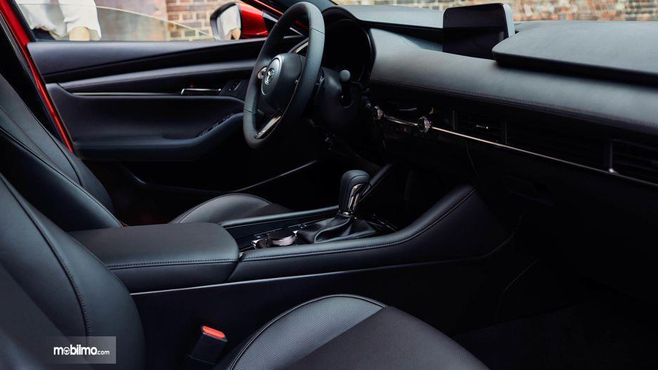 Gambar dasbor Mazda 3 2019