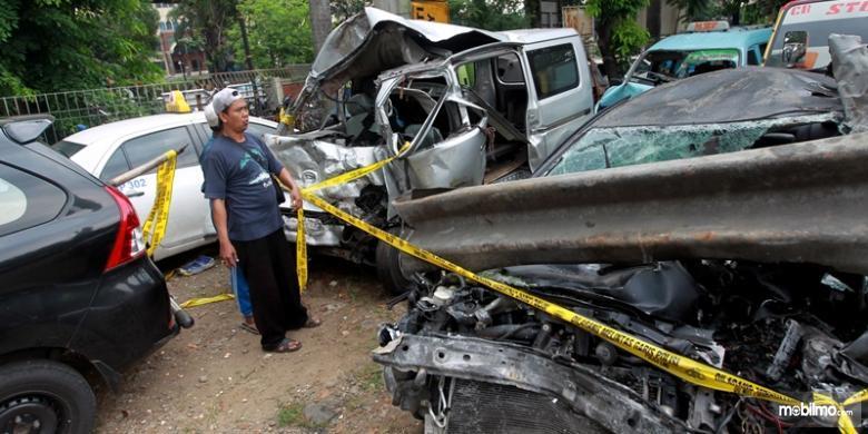 Tampak Kecelakaan Anak Ahmad Dhani