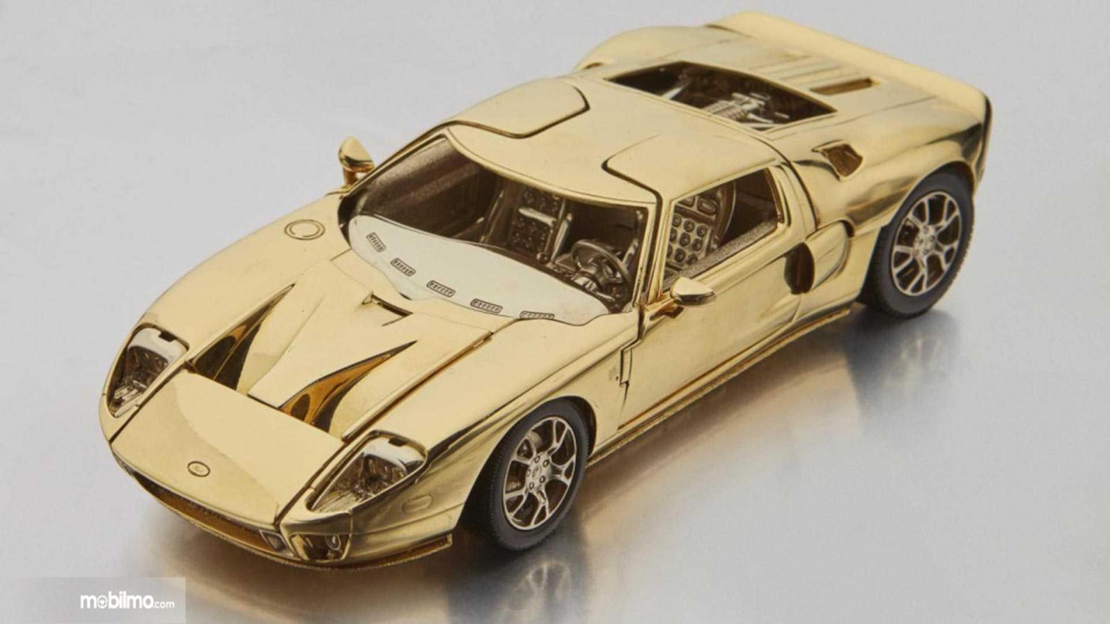 Gambar model skala Ford GT