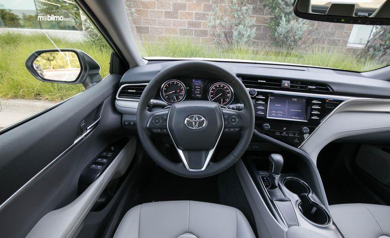Gambar Setir mobil All New Toyota Camry 2019