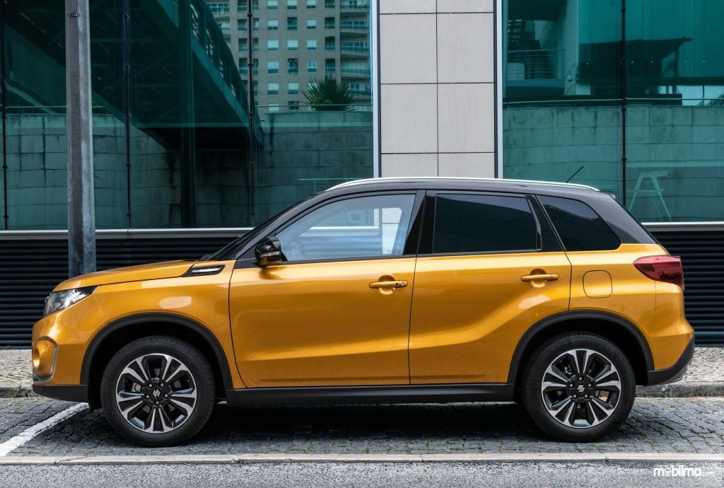 Tampilan samping All New Suzuki Vitara 2019