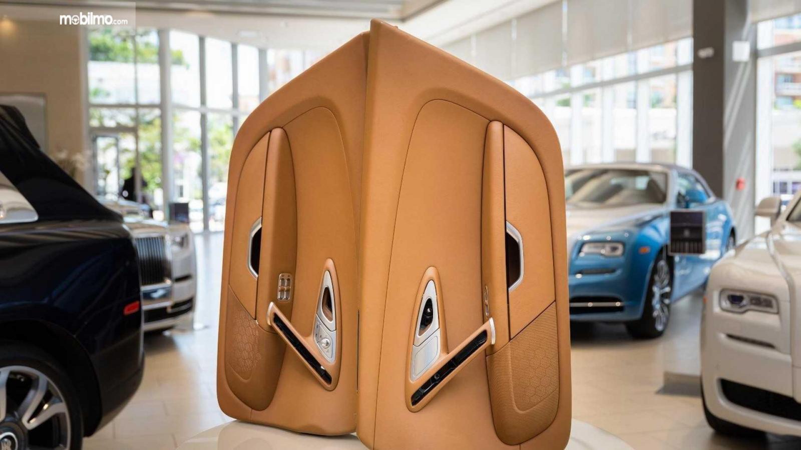 Gambar pintu Bugatti Veyron