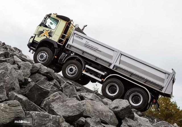 Volvo-Trucks-FMH-Off Road