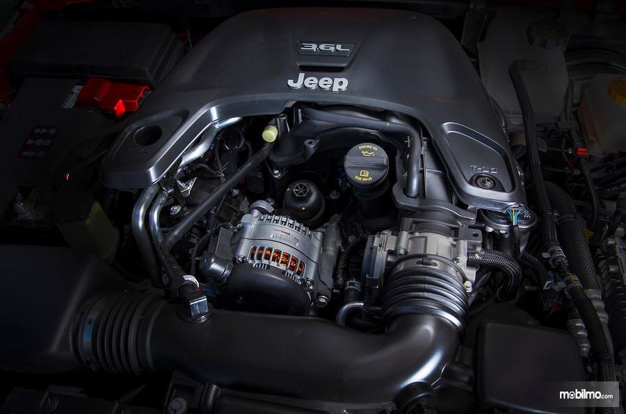 Gambar mesin Jeep Wrangler JL 2019