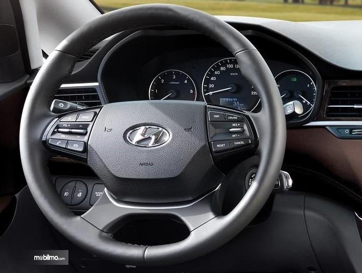 Gambar kemudi Hyundai H-1 2019