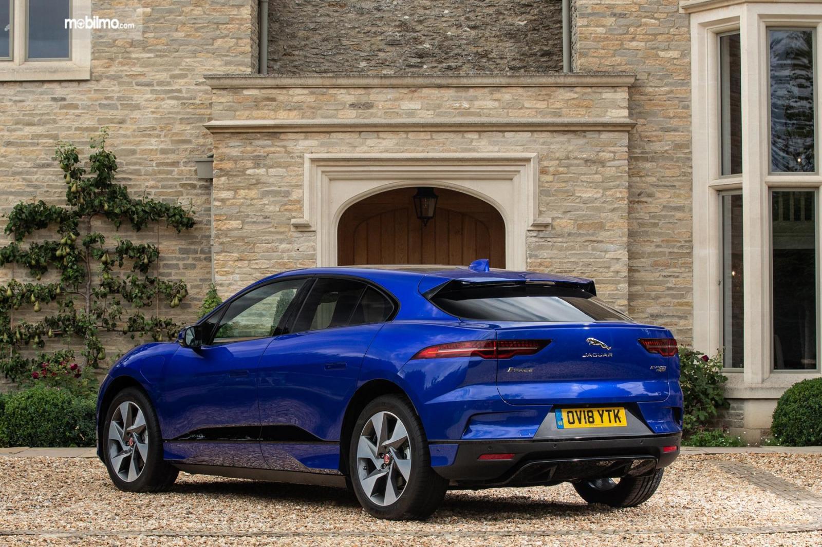 Gambar tampilan belakang Jaguar I-Pace 2019