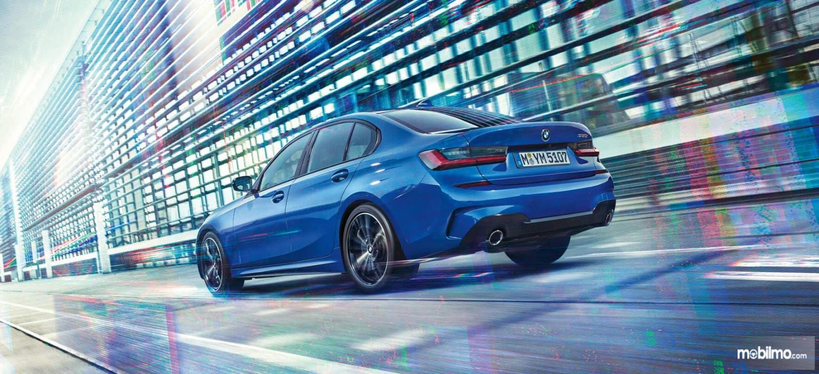 Gambar mobil baru BMW 3 Series 2019