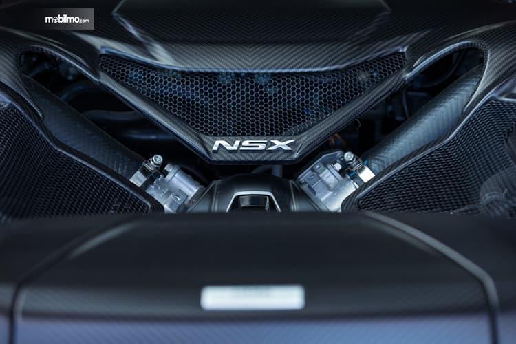 Gambar menujukkan desain bagian Mesin Honda NSX 2019