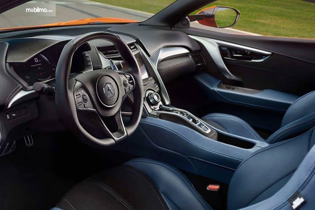 Gambar menunjukkan Layout Interior Honda NSX 2019
