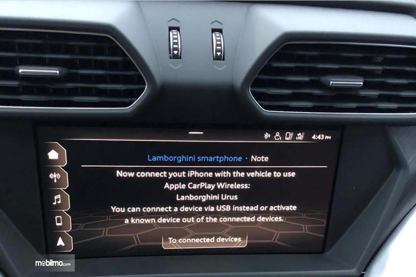 kesalahan penulisan dalam sistem infotainment Lamborghini Urus