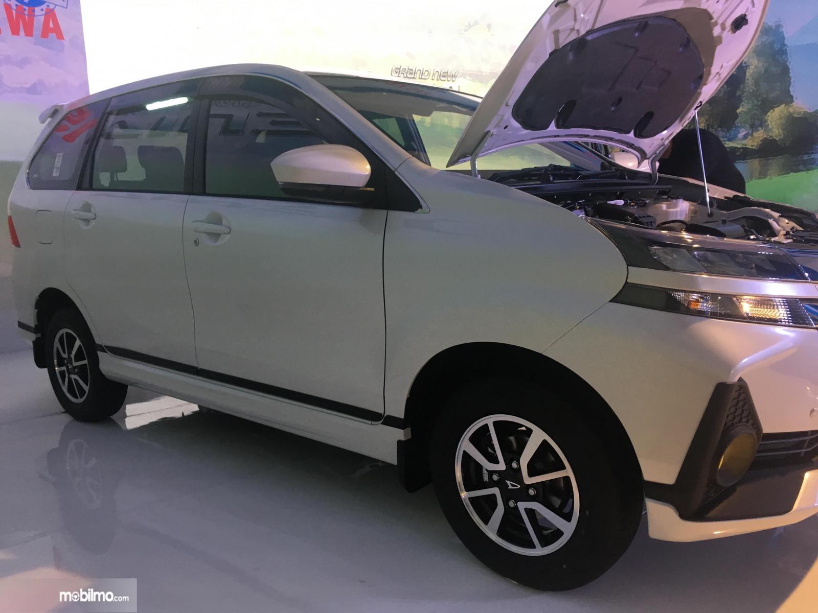 Tampak Ringkasan fitur keselamatan Daihatsu Grand New Xenia R M/T 1.5 Deluxe 2019
