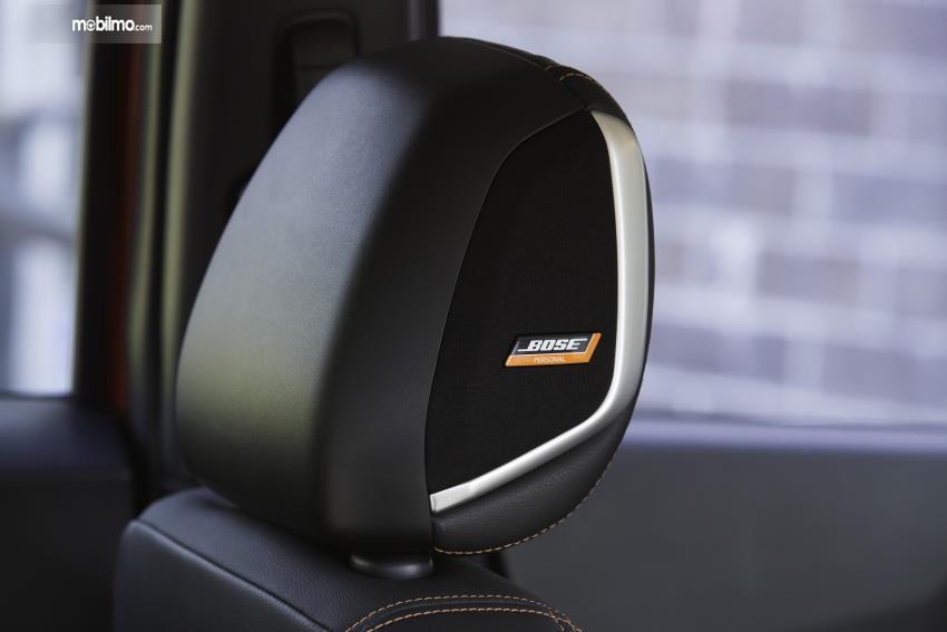 Gambar menunjukkan fitur Bose Sound System Nissan Kicks 2019