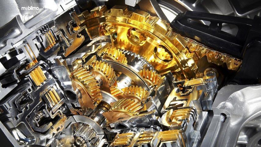 Oli mesin melindungi komponen di dalam mesin