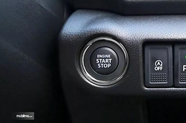 fitur start/stop Suzuki SX4 S-Cross 2018 berwarna hitam