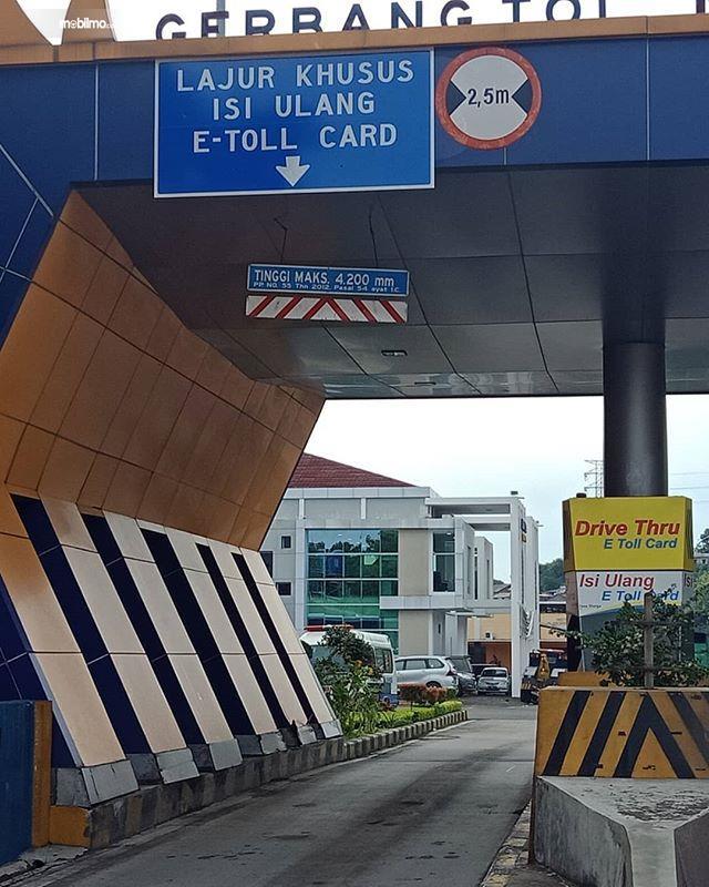 Foto fasilitas Drive Thru di tol Semarang