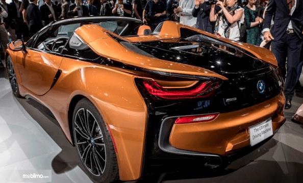 Review Bmw I8 Roadster 2018 Mobil Mewah Dengan Dua Mesin