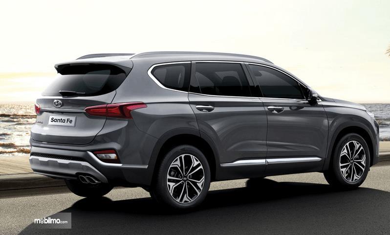 Santa Fe Suv >> Review Hyundai Santa Fe 2019 Mobil Suv Baru Dengan Fitur