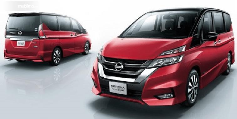 Gambar ini menunjukkan All New Nissan Serena 2019 warna merah tampak depan dan belakang