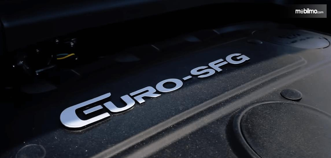 Gambar ini menunjukkan mesin DFSK Glory 560 dengan bertuliskan Euro SFG