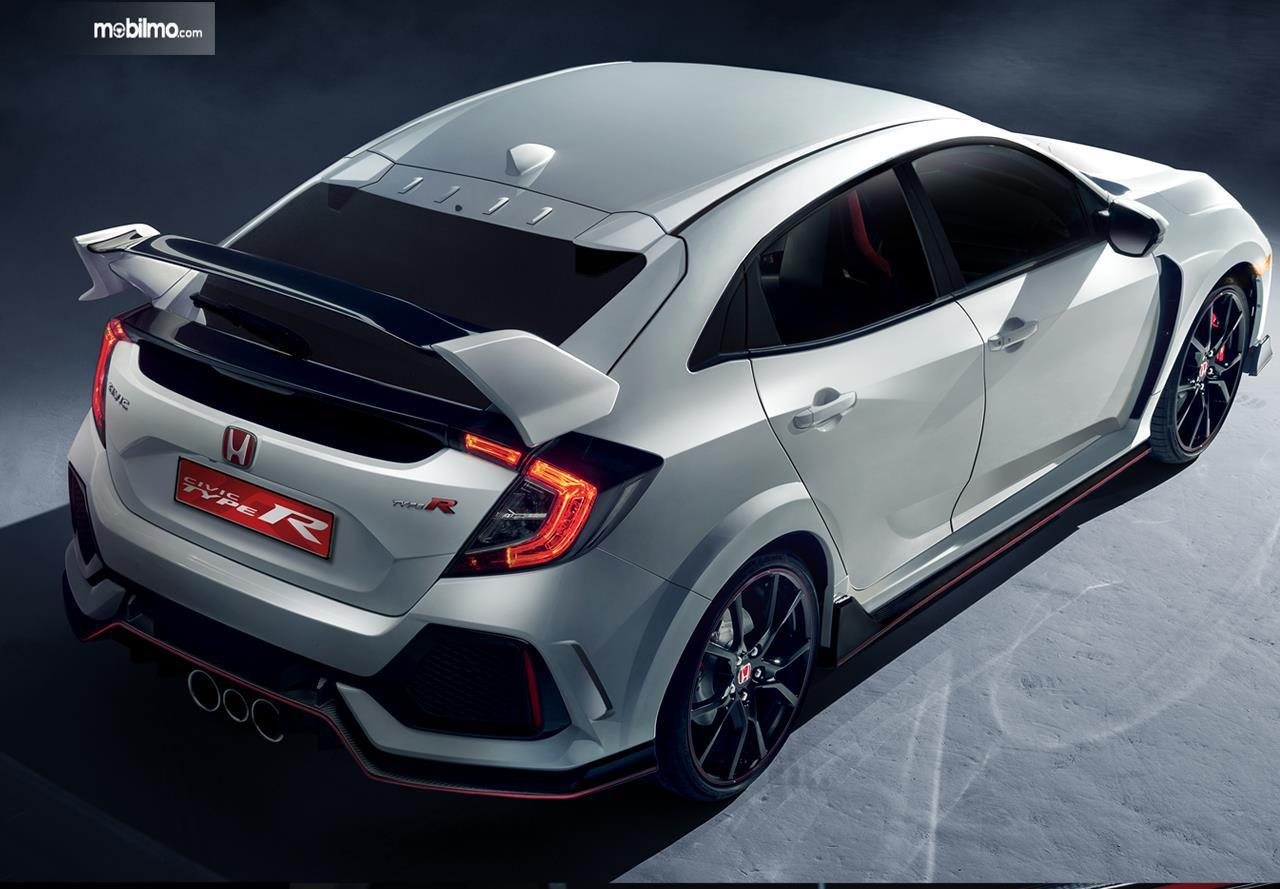 Kelebihan Honda Civic Terbaru Perbandingan Harga