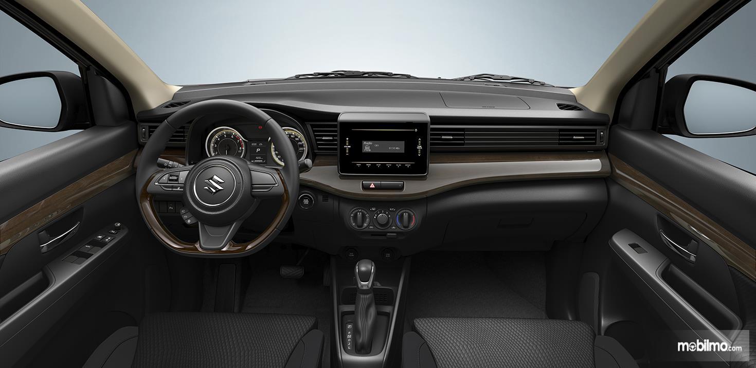 Foto dashboard Suzuki Ertiga Black Edition