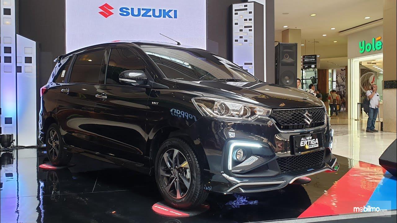 Foto All New Ertiga Suzuki Sport tampak samping depan