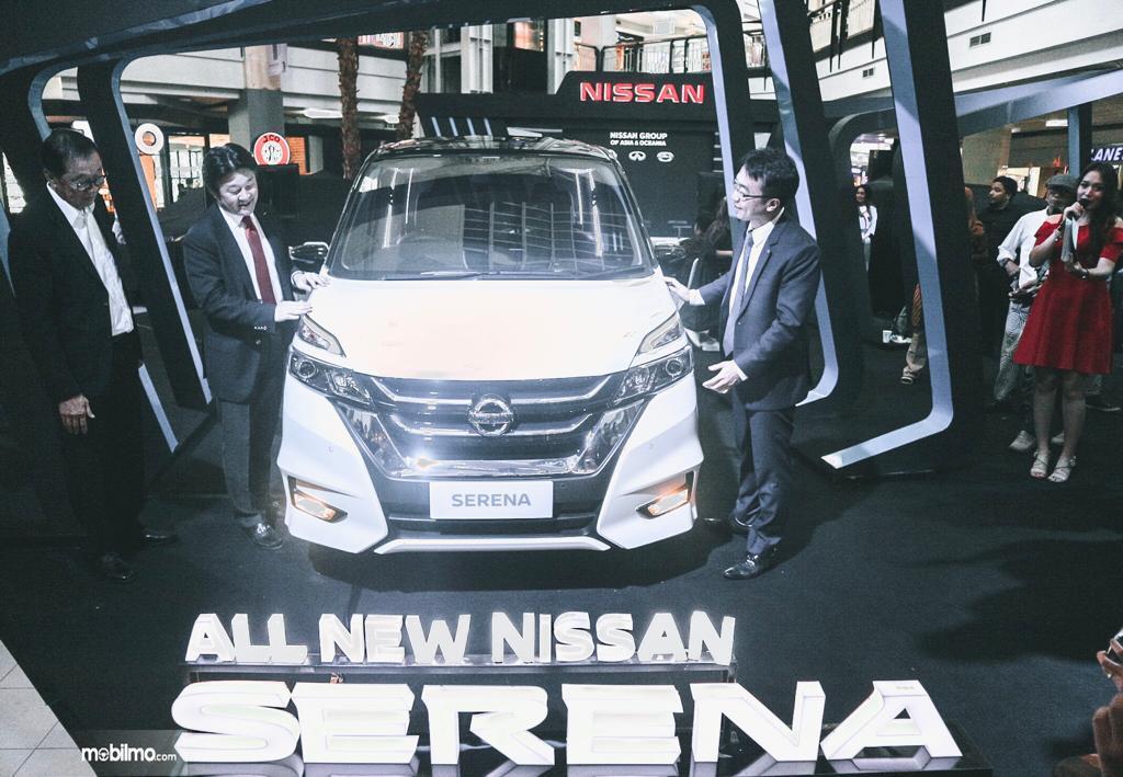 Peluncuran Nissan Serena Makassar