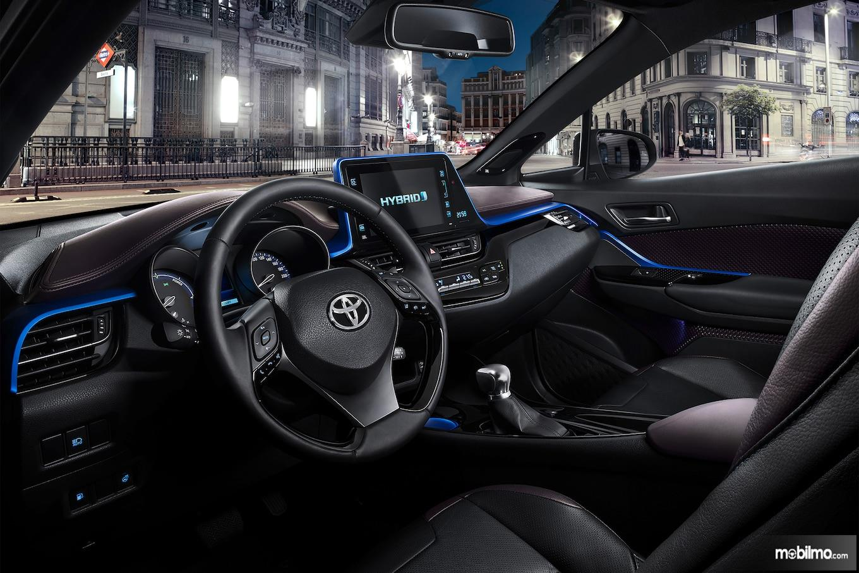 Foto interior Toyota C-HR Hybrid