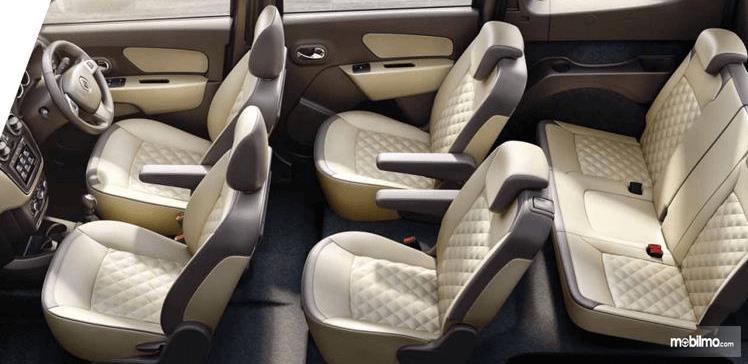 Gambar ini menunjukkan kursi Renault Lodgy 2019 dengan jumlah 6 buah
