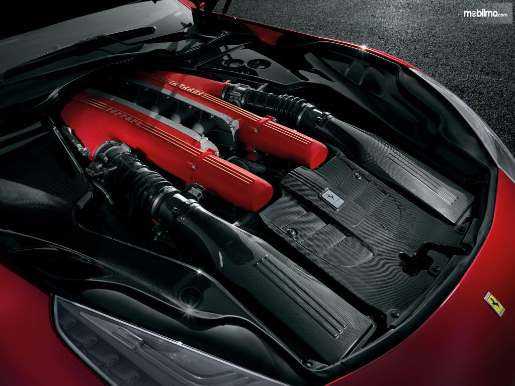 Mesin Ferrari F12berlinetta 2012 mampu melakukan akselerasi 0-100 Km/Jam dalam waktu 3,1 detik