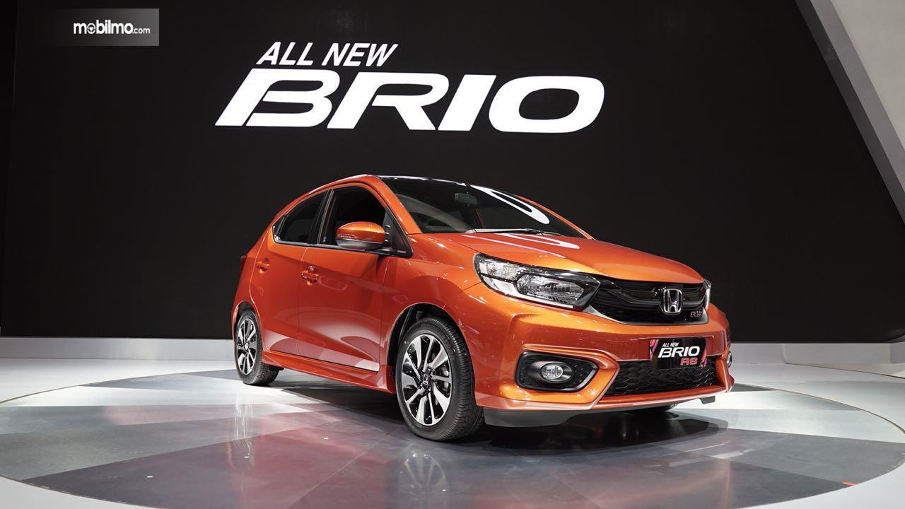Foto All New Honda Brio tampak dari samping depan