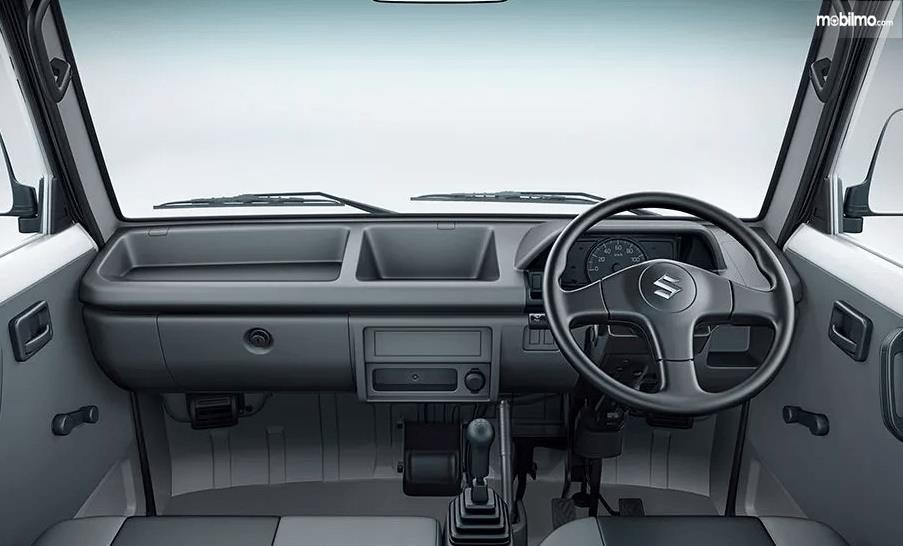 Gambar ini menunjukkan ilustrasi bagian interior Suzuki Carry Real Van 2015