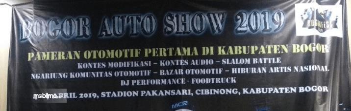 Gambar ini menunjukkan spanduk Bogor Auto Show 2019