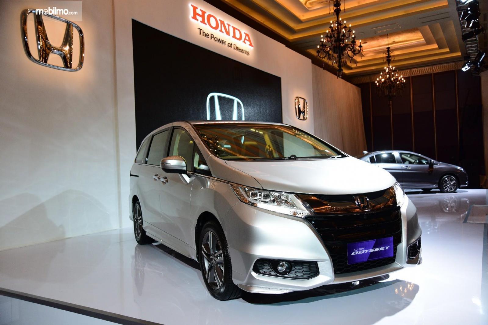 Foto All New Honda Odyssey 2017 saat diluncurkan