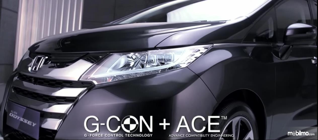 Body mobil dengan struktur G-CON + ACE membuatnya lebih aman
