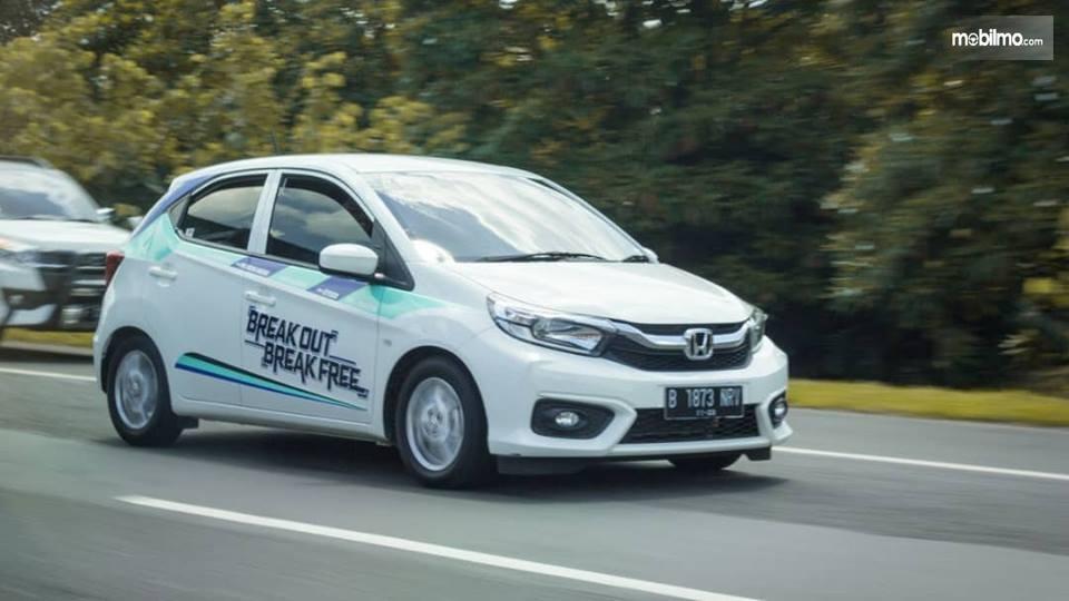 Tampak mobil All New Honda Brio Satya E CVT