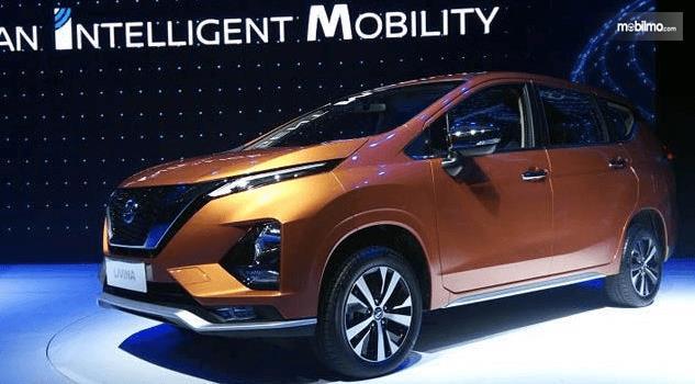 Gambar ini menunjukkan bagian eksterior All New Nissan Livina 2019