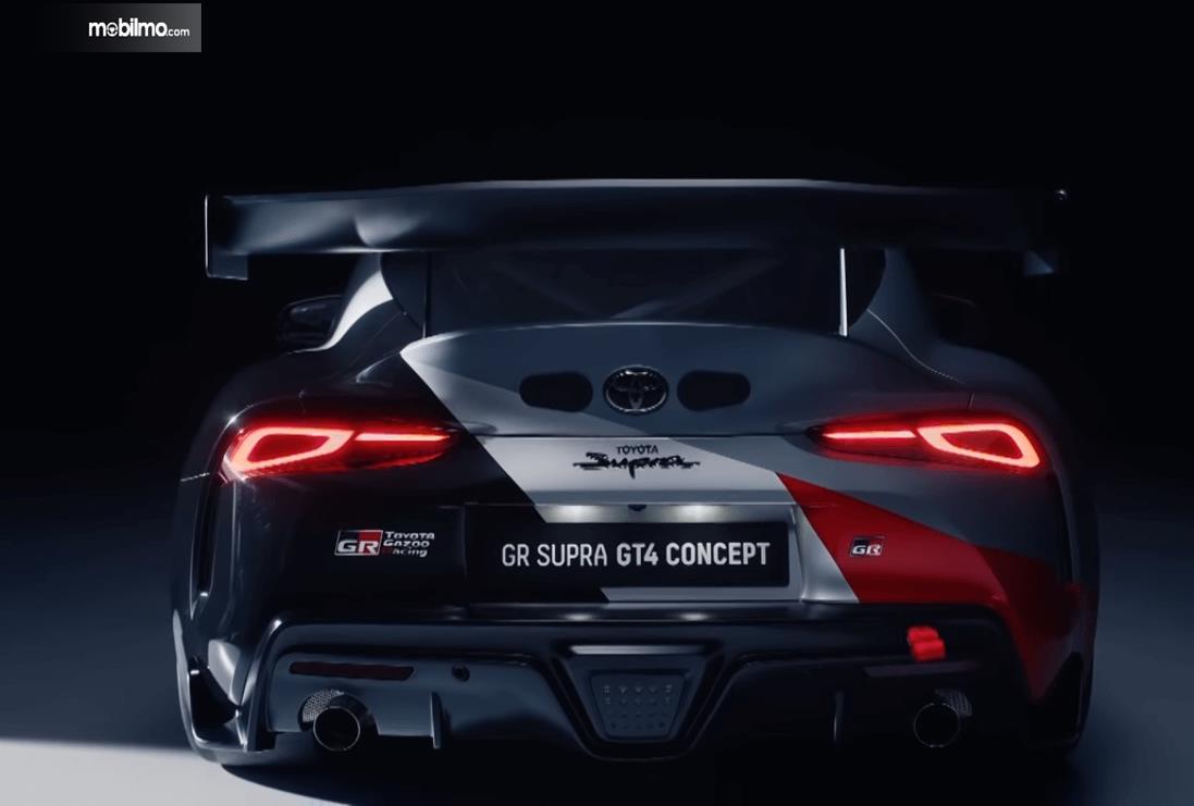 Gambar ini menunjukkan bagian belakang mobil Toyota GR Supra GT4 Concept 2019
