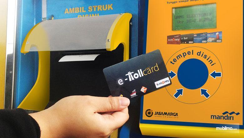 Foto E-toll Card yang diterbitkan salah satu bank di Indonesia
