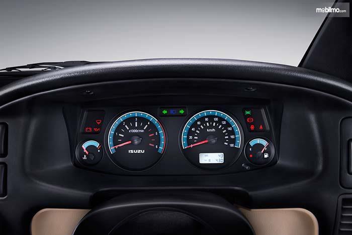 Foto speedometer Isuzu Panther Grand Touring 2019